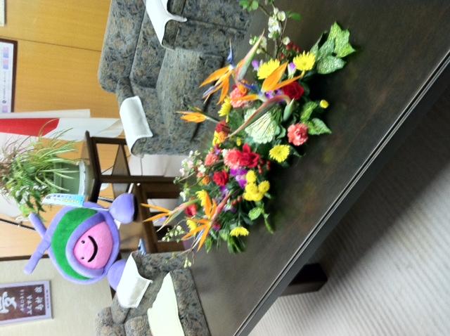 お正月の座談会用のお花です